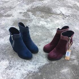 断码清仓 靓家大码鞋秋季休闲时尚百搭女靴高跟侧拉链女靴